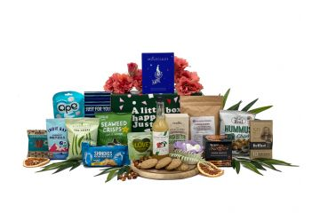 Summer Friendly Hamper Gift