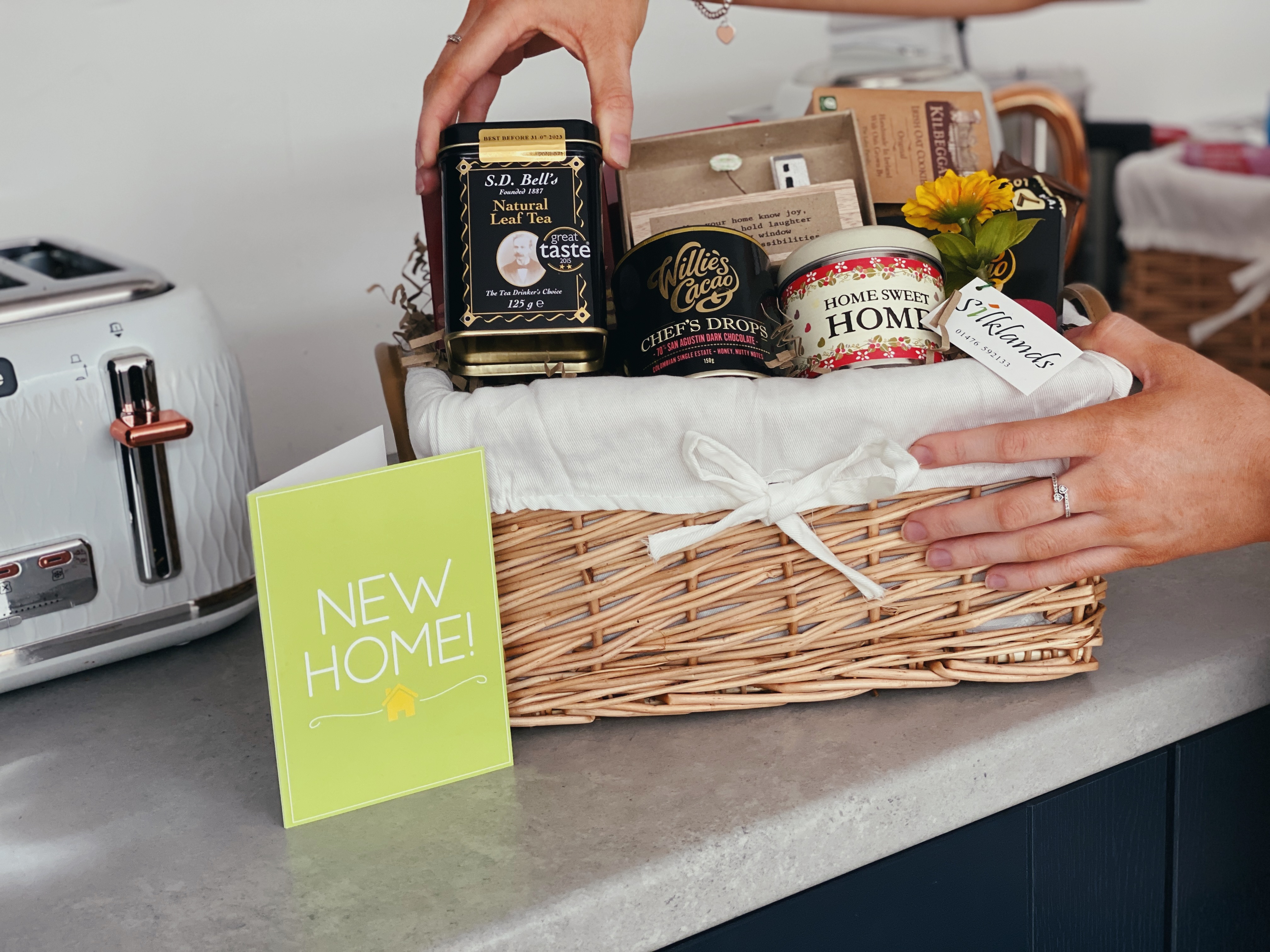 The Do's and Don'ts of Housewarming Gifts